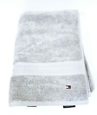 NEW TOMMY HILFIGER GRAY,GREY CLASSIC SOLID COTTON BATH TOWEL