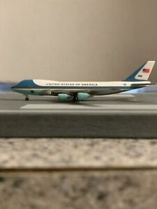 Hogan 1000 scale diecat model Air Force1 VC2 Commercial Airliner 28000