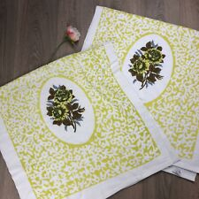 Vintage Bath Towels Pair As New Floral Yellow Caravan Retro
