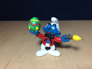 Smurfs 20512 Smurf Painting Easter Egg Yellow Brush Figure Vintage Toy Figurine