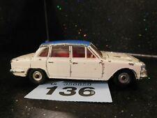 Dinky Toys 135 Triumph 2000 (136)