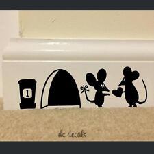 Indiashopers Cartoon Mouse Love Heart Art Wall Sticker