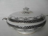 LEGUMIERA ANTICA IN CERAMICA  ZUPPIERA INGLESE D'EPOCA / VINTAGE CHINA TUREEN
