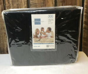 New Old Stock JcPenny 300 Thread Count Twin Set In Black