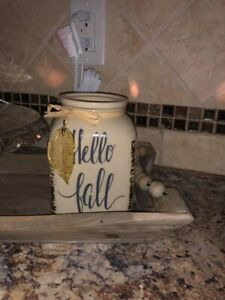 SCENTSY Warmer - FALL IS CALLING - Hello Fall Full Size WARMER - New In Box
