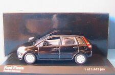 FORD FIESTA 2001 BLACK PANTHER SCHWARZ MINICHAMPS 400 081100 1/43 5 DOORS PORTES