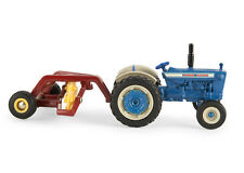 1/64TH FORD 5000 WITH HAY RAKE ERT13883