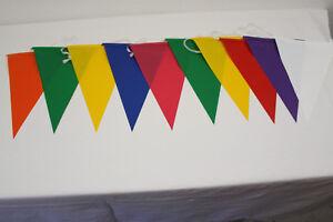 Wimpelkette bunt aus PE Länge 10 m mit 20 Dreieck Wimpeln 20x30 cm wetterfest