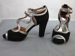 Clarks Black Suede Silver Trim Cross Strap Dollar Ball Court Shoes Sandals UK 4