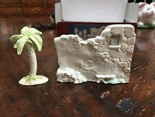 Enesco Precious Moments Wall and Palm Accessory Set - Great Condition