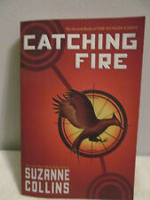 The Hunger Games: CATCHING FIRE 2 by Suzanne Collins (2009, Paperback)