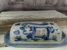 M A Hadley butter lid dish cow MA pottery country blue