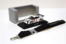 1:43 Minichamps PORSCHE 911 RSR 2015 + keychain spacciatori NEW in Premium-MODELCARS