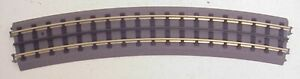 MTH 40-1082 RealTrax O82 Curved Track (16)