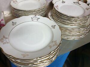 Antico servizio piatti porcellana e oro Angelo Freda Capodimonte per 12 persone