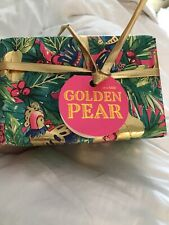 Lush Golden Pear Christmas Gift Set Bath Bomb, Soap & Floating Bath Oil. New