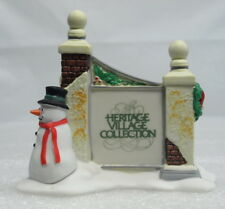 """NEW"" DEPT 56 HERITAGE VILLAGE ""VILLAGE SIGN WITH SNOWMAN"" W/BOX"