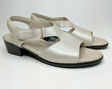 SAS Tripad Comfort Suntimer Sandals Pewter Leather Slingback Peep Toe - Size 9.5