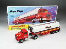 MATCHBOX Super Kings - K16 - Ford LTS «Texaco» - Variante rouge vif - En boite