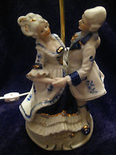 STUNNING VINTAGE VICTORIAN LAMP W' MAN & WOMAN WALTZING - AMAZING PIECE!