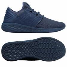 Calzado de hombre azules New Balance, Talla 42
