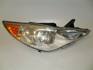 2011-2014 Hyundai Sonata Passenger RH Right Side Halogen Headlight OEM M1052
