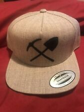 THE CLASSICS X YUPOONG BEIGE & BLACK TWEED CAP HAT PICK & SHOVEL NEW NWOT OSFM