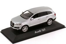 RARE AUDI Q7 4L 4.2 FSI QUATTRO 2005 LIGHT SILVER 1:43 SCHUCO (DEALER MODEL)