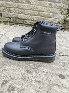 Dr martens Boots 6 Hole Black 939 Thinsulate Size 5