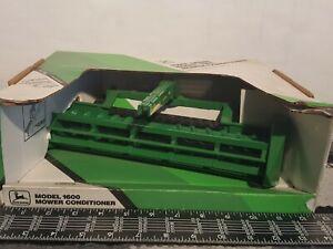 Ertl John Deere 1600 mower conditioner 1/16 diecast metal farm implement replica