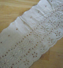 4.5'' Wide Eyelet Cotton Off White Lace & Embroidered Gold Metallic Flower b0158