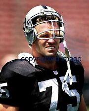 Howie Long 1981-93 Oakland Raiders HOF'er 2000 FOX NFL Analyst  Color 8x10 B