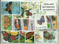 "Lot 200 timbres thematique ""papillons"""