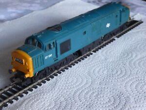 Hornby 00 Gauge BR Class 37 Diesel Locomotive  37130 - In BR Blue Livery - R751