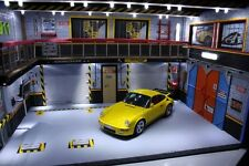 diorama  atelier garage PORSCHE 1/18 sans voiture  the car no Eclairage LED P911