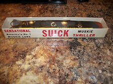 VINTAGE SUICK MUSKIE THRILLER FISHING LURE SUICK LURE CO ANTIGO WISCONSIN NICE