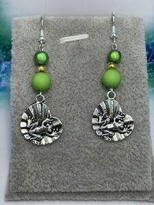 Silver Plated Frog On Lily Pad 💚 Dangle Earrings 💚 Perfect Gift