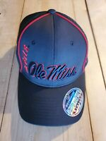 NEW Zephyr Ole Miss Rebels Stretch Black Cap M/L FREE SHIPPING