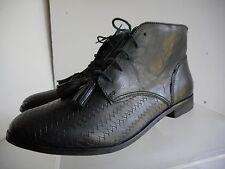 Womens Topshop short black leather lace up  boots sz 40