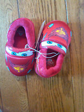 NWT $17.99 TODDLER DISNEY PIXAR CARS PISTON CUP SLIPPERS SIZE 5-6