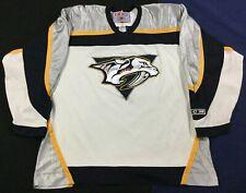 Vintage Nashville Predators Hockey-NHL CCM Jersey SizeXL