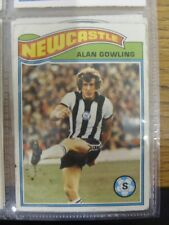 1978/1979 Newcastle United - Card No.38) Alan Gowling (scuffing to edges) - Topp