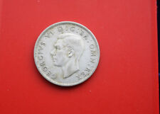Lot 50 Cents Silber Canada 1950 u. Two Shillings 1945 England Silber #F 2138