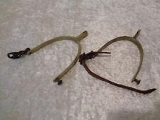 Paar alte Metall Sporen, Reste von Lederriemen - DEFEKT für Bastler