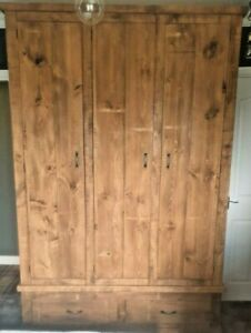 Solid Wood Rustic Chunky Plank 3 Door Wardrobe with Drawers  5ft Wooden Wardrobe