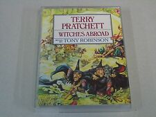 TERRY PRATCHETT - WITCHES ABROAD (AUDIO CASSETTE X2)