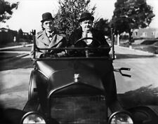 Laurel and Hardy UNSIGNED photo - B2718 - Big Business