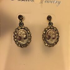 Champagne Crystal Halo Stud Earrings Nwt Bronze Victorian Vintage Cameo