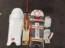 Cricket Bat Cricket Batting Gloves Cricket Batting Pad / Leg Guard