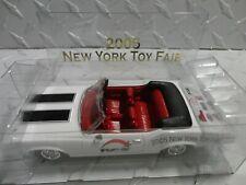 RC2 2005 New York Toy Fair 1:43 White 1970 Oldsmobile Cutlass 442 Convertible